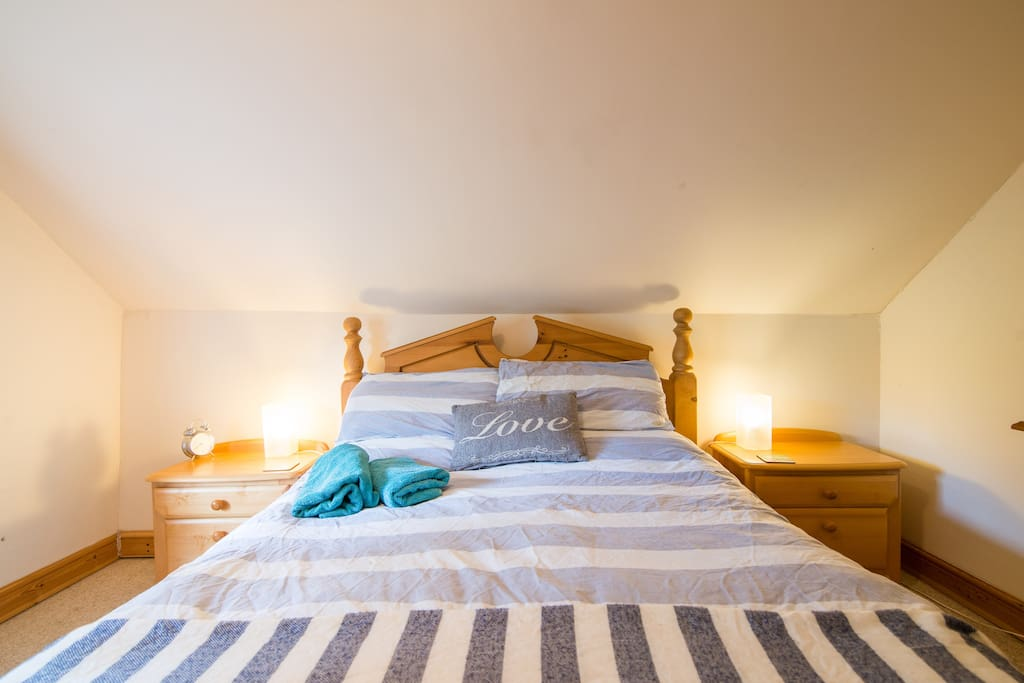Wake up in the comfort of your double bed in the Derbyshire countryside