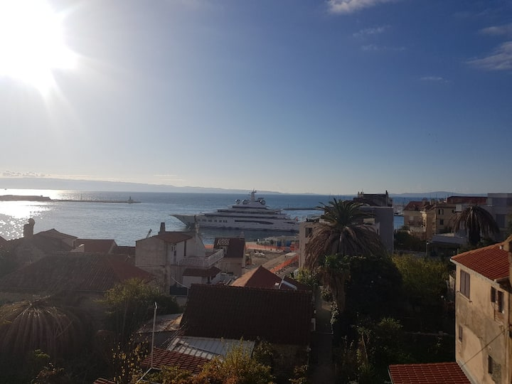 4 Stone houses  with each separate entrance perfect location in old town center of Split