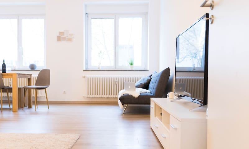 Living room with TV, Netflix, Playstation