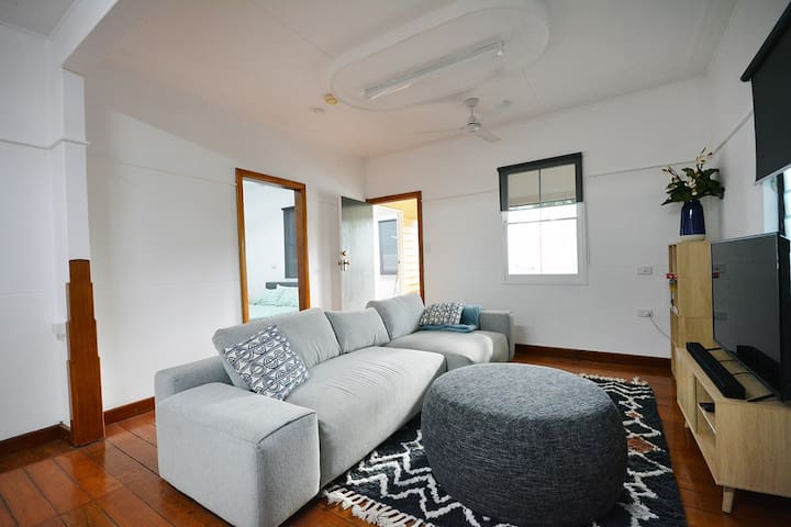 Cosy and newly renovated New Farm Queenslander