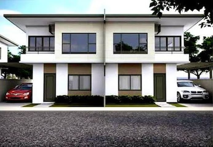 LaCarti Room for RENT - Bedroom 3 - Mandaue City - Huis
