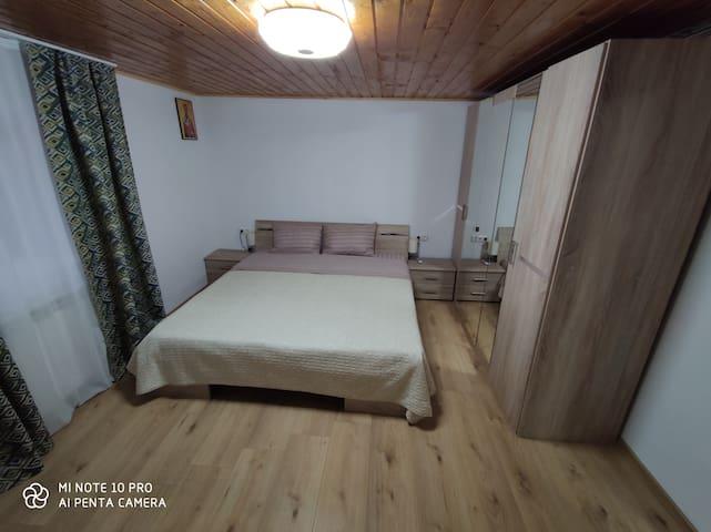Schlafzimmer mit separatem Eingang!
