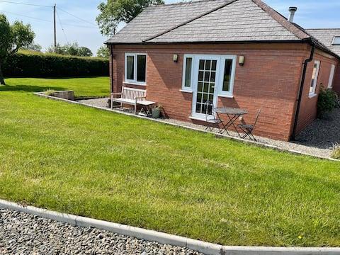 Peaceful, rural annexe in Ellesmere, Shropshire.