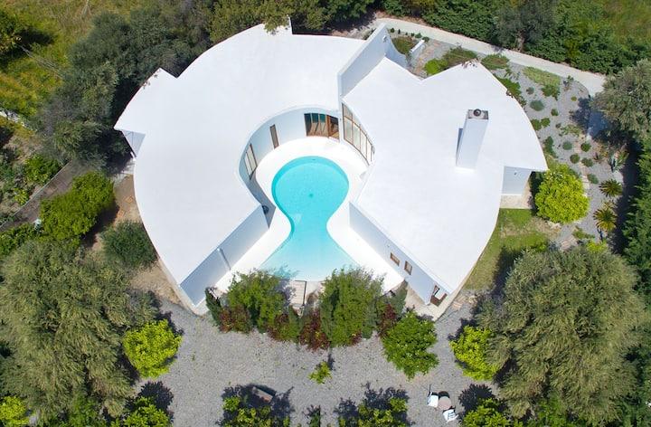 Exceptionally Designed Villa Ixia