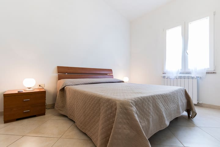 "Cozy Room ""Brown"" in Private Villa in S/W Sardinia"