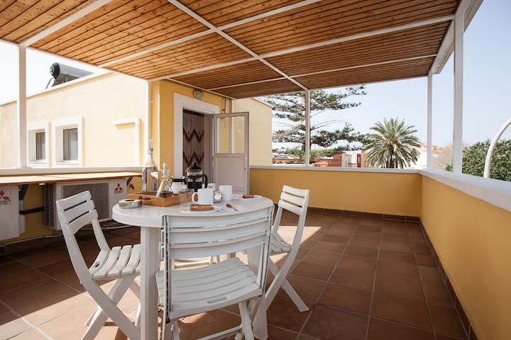 Garden Loft - Ideal for Couples - 7' to the Beach - Almería