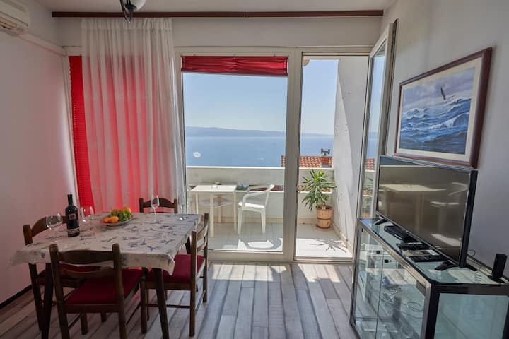 Cosy sea view apartment