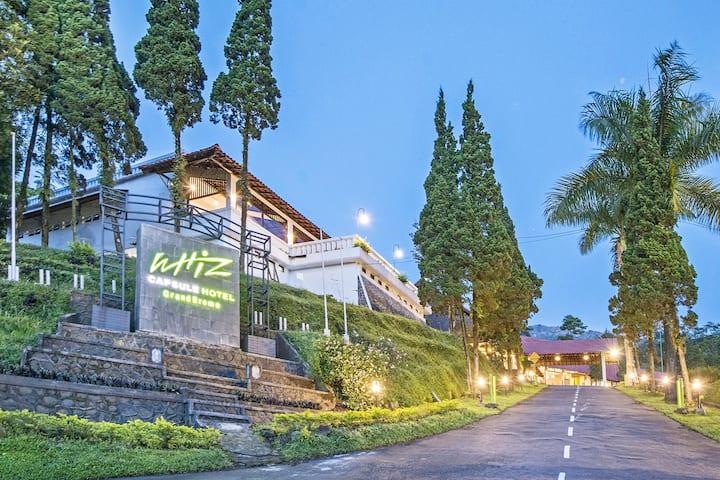 Villa at Whiz Capsule Hotel Grand Bromo