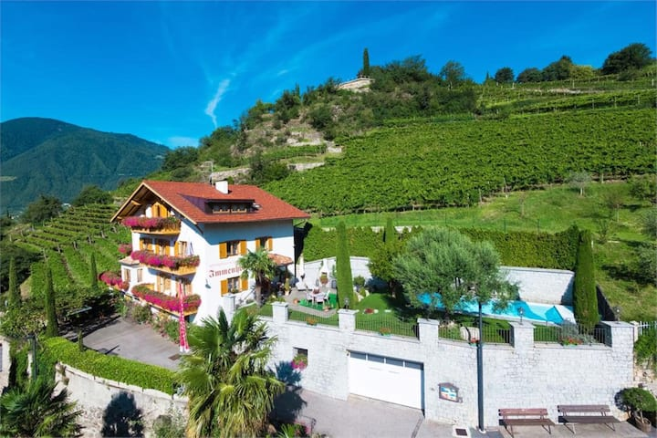 """Charming Apartment """"Küchelberg-Immenhof"""" with Mountain View, Wi-Fi, Balcony & Shared Pool; Parking Available"""