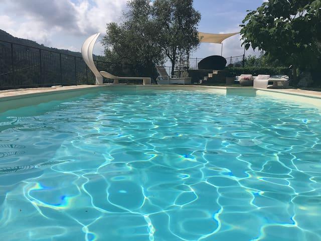 Romantische Villa Lenivada mit   Swimmingpool