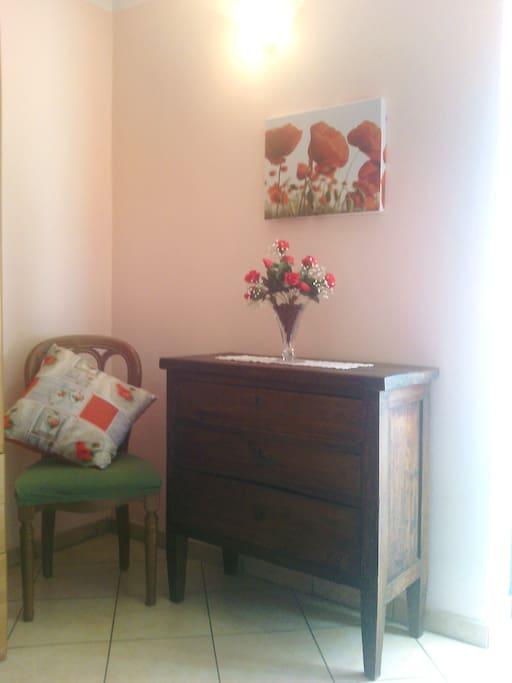 B b rosa dei venti camera orchidea bed breakfasts for Nuovo stelo orchidea