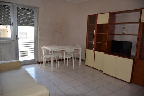 Intero Appartamento Tranquillo e Accogliente