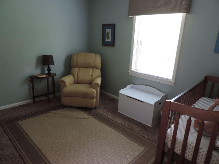 Guest Bedroom 3 (air mattress)