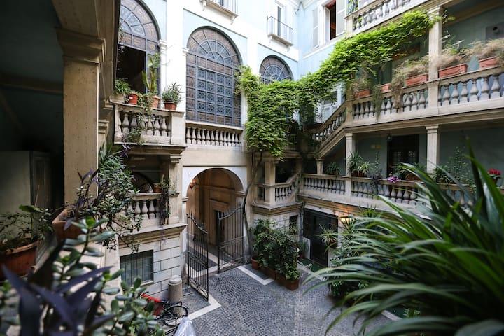 Alibrandi Palace Historic and charming apartment