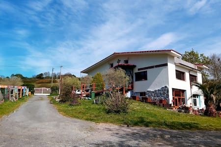 StudioLoft in chalet,800mbeach,nature 25minBilbao