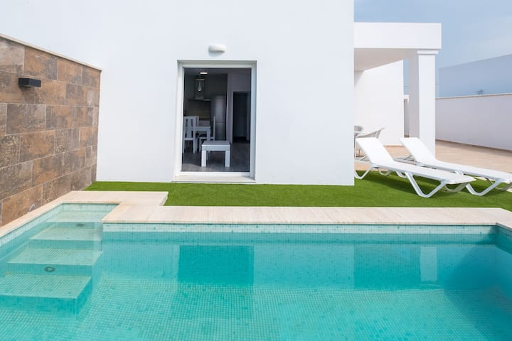 Exclusive holiday home with private pool - Casa El Palmar 1