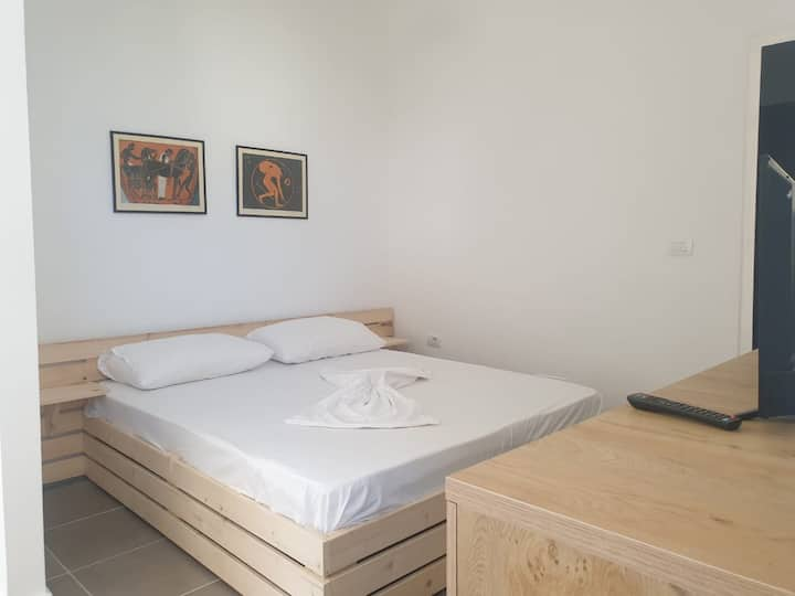 Studio flat in the city center
