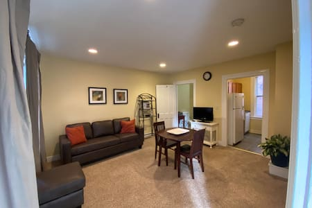 One Bedroom in Downtown