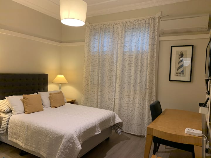 Private bedroom with own access @ North Sydney