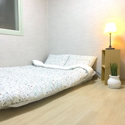 Your house in Suwon, Safe&Cozy, 5mins from Subway - Suwon-si - Byt