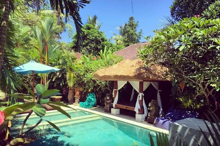 Good Vibes in our Luxury Suite - Ubud