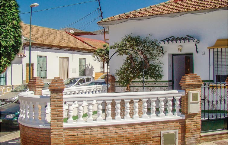 Terraced house with 3 bedrooms on 100 m² in Málaga