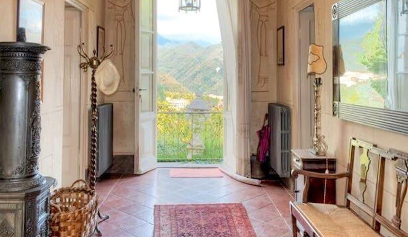 Incredible views. Private, pool and large veranda. - Coreglia Antelminelli - House