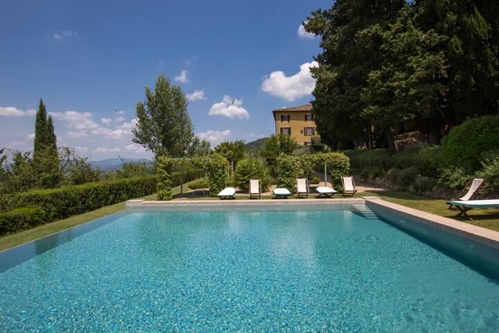 LUXURY VILLA IN CHIANTI WITH POOL - Capannuccia - Villa