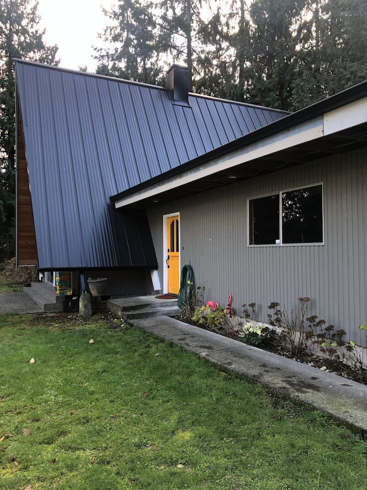 Cozy Boho Vibes 1970's A-Frame Centrally Located
