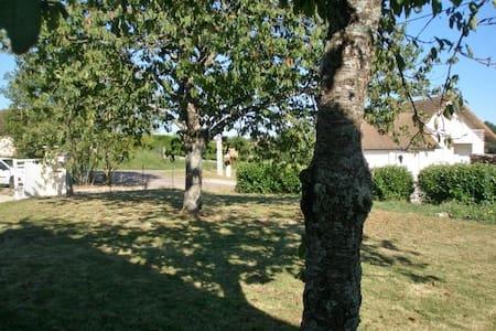 BELLE VILLA à 20 mns de BEAUNE SUD - Labergement-lès-Seurre