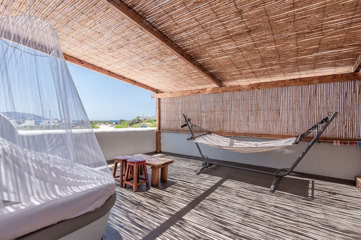 Elite Seaside Suite with Jacuzzi & Sea View