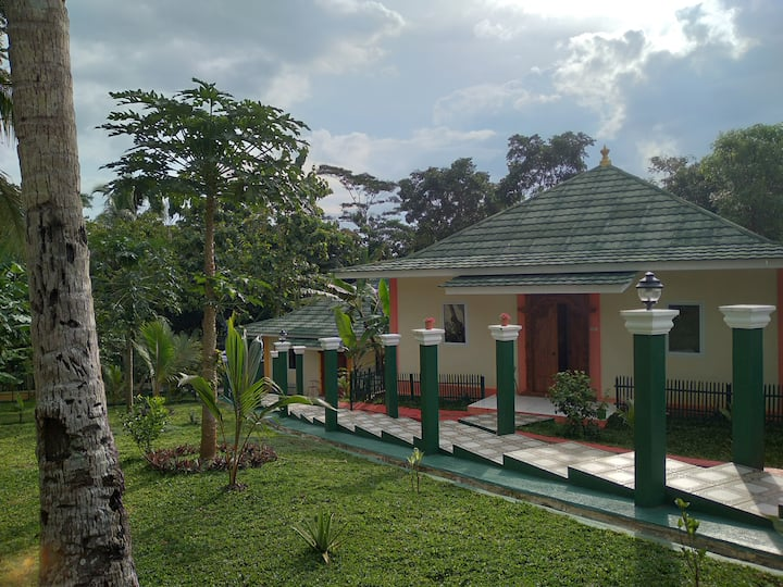 Private House in Serene Ciamis with Big Garden