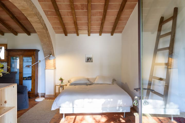 LA CASINA: Your tiny house in Tuscany
