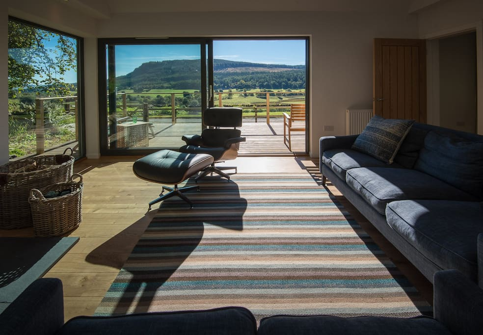 The glass extension with stunning views