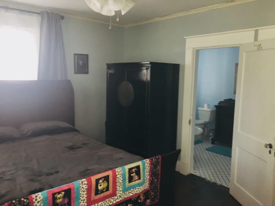 Bedroom with bathroom entrance