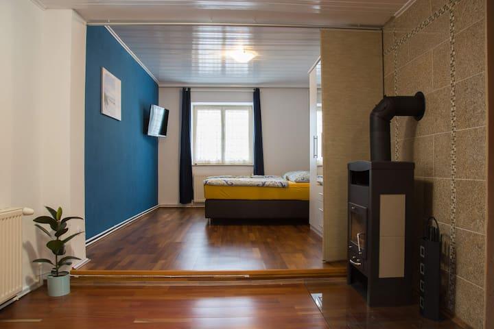 "Moderne Ferienwohnung ""Erholung"" - Burgau - Apartment"