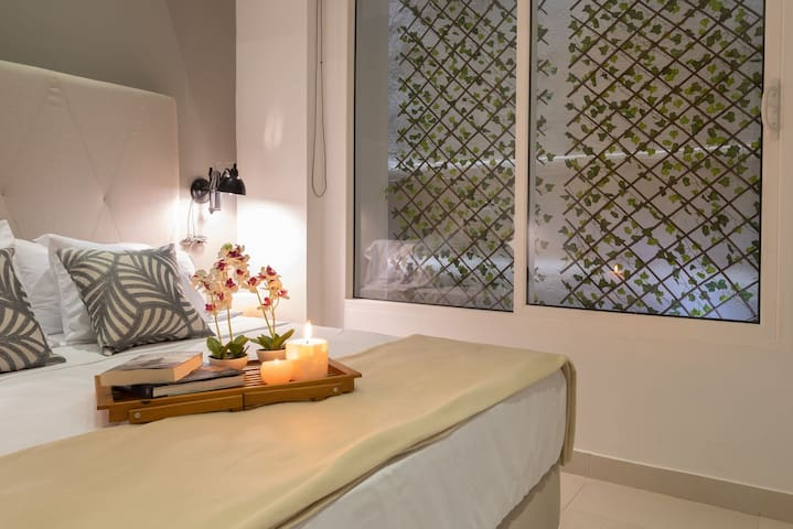 Ganem Suites – Modern 1BR Suite in the Heart of the Old City 312A