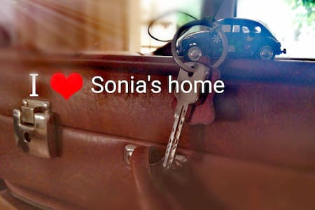 SONIA'S HOME in the centre of Volos