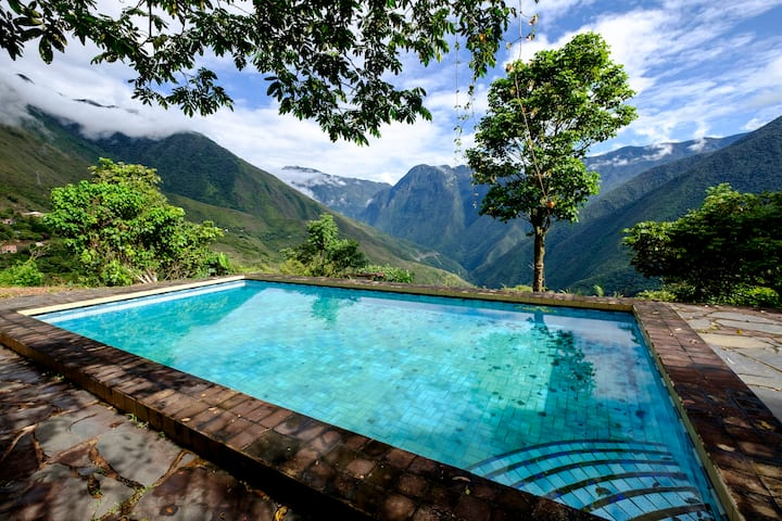 SUD YUNGAS / YANACACHI. Country House Takesi