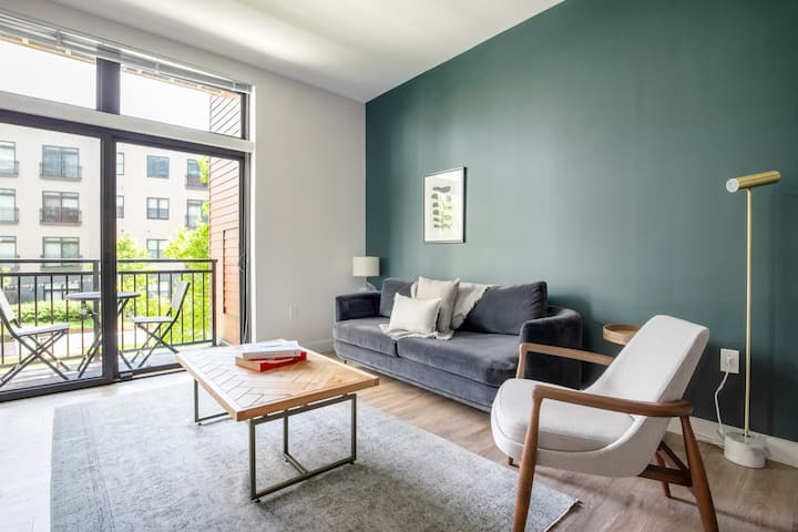 Sleek Somerville 1BR w/ Gym, Doorman, nr. Assembly Row, by Blueground