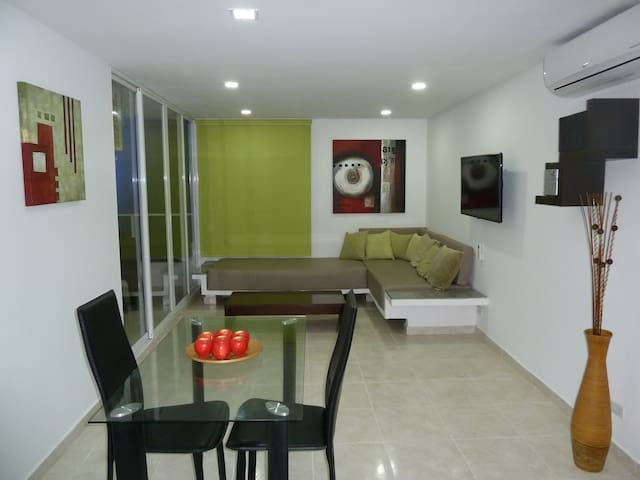 ! PROMOTION !  MODERN APARTMENT FOR COUPLE/SINGLE - Cartagena - Leilighet