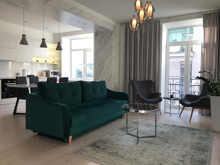 Stylish , new  apartment  in  heart of Old Town.