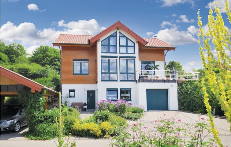 Holiday apartment with 1 bedroom on 52m² in Daun-Boverath