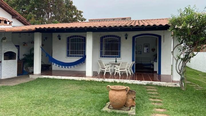 Linda casa  com piscina, sauna e churrasqueira!