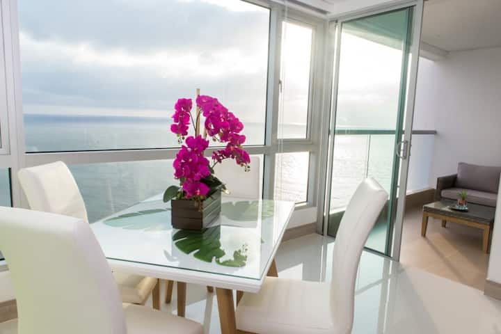 Modern 1BR | WiFi | Breathtaking Oceanviews by Huespedia