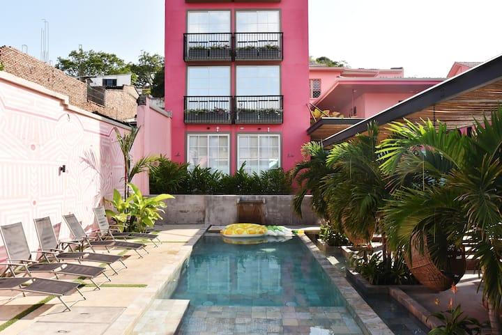 Comodidad en un paraíso tropical en San Antonio