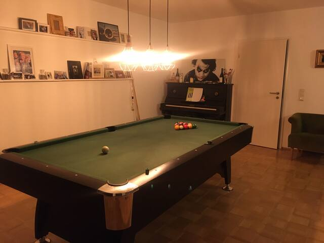 Condo with POOLTABLE