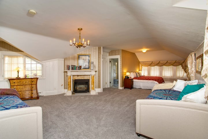 The Spindletop Suite