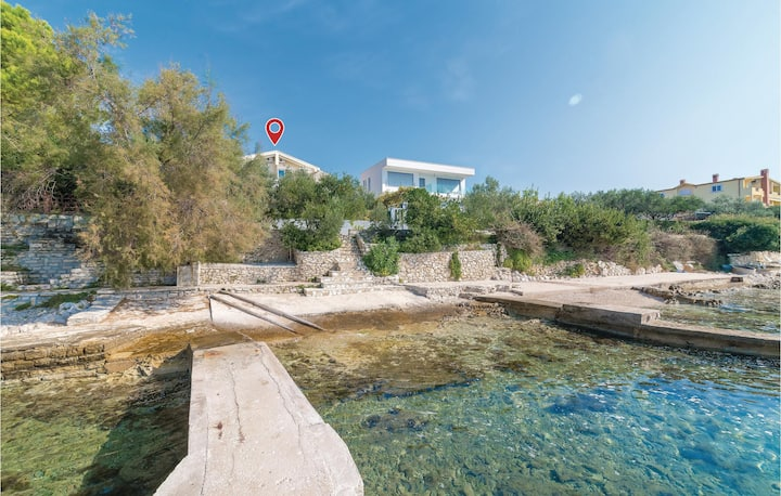 Awesome home in Kozino with WiFi and 2 Bedrooms