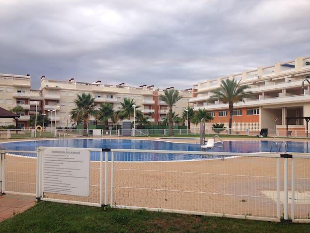 Apartamento precioso en entorno natural en playa